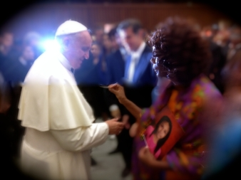 Pope Francis blesses Ariana-Leilani at the Vatican with Dr. Ariel Rosita King