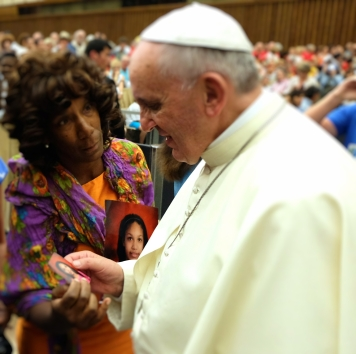 Pope Francis blesses Ariana-Leilani at the Vatican